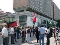 Widerstand lohnt sich! - Demo von illegalisierten Arbeitern