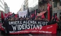 100.000 auf der 'Demo gegen Niedriglöhne und Sozialkahlschlag!'
