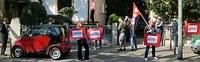 Protest vor dem serbischen Generalkonsulat in Frankfurt/M