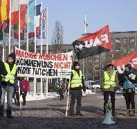 FAU Berlin setzt Proteste fort