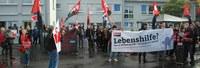 Öffentliche Aktion: Beschäftigte der Lebenshilfe Frankfurt wehren sich gegen Schikanen und Benachteiligungen