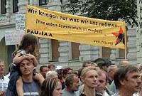 Die fünfte Montagsdemonstration in Magdeburg ...